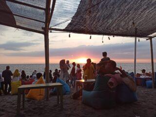 Dinobatkan Sebagai Wisata Tersehat, Tanjung Bias Makin Ramai Pengunjung