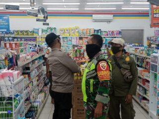 Polsek Praya Timur Patroli Pemberlakuan PPKM Mikro